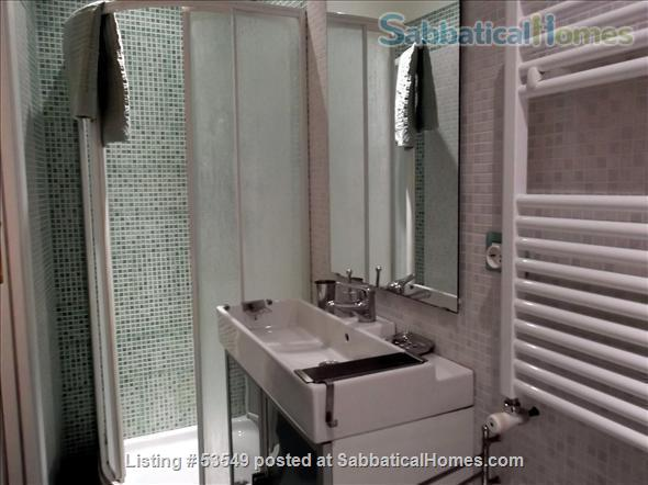 Cozy flat few blocks by the Colisseum (2-3pax) Home Rental in Rome, Lazio, Italy 8
