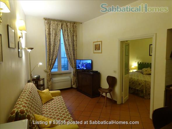 Colisseum  view, cozy apartment in Monti  neighborhood  (2-4 guests) Home Rental in Roma, Lazio, Italy 1