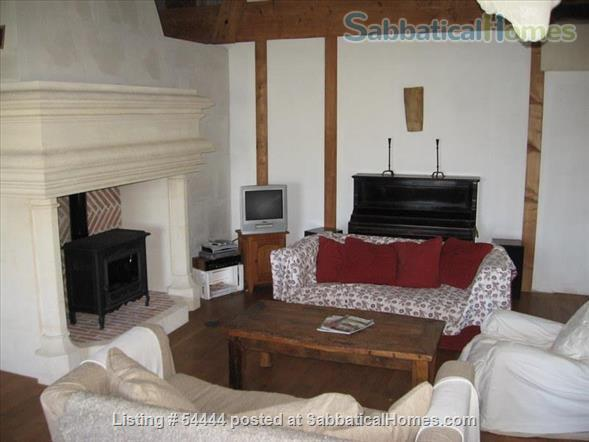Spacious four bedroom house with large garden  just outside Montpellier , France Home Rental in Lunel-Viel, Languedoc-Roussillon, France 7