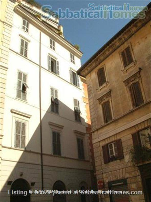 Rome is Home: Unique one-bedroom apartment in the very heart of Rome Home Rental in Rome, Lazio, Italy 7