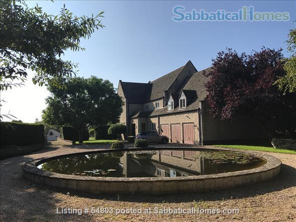 Large comfortable one bedroom flat close to Oxford Home Rental in Cassington, England, United Kingdom 0