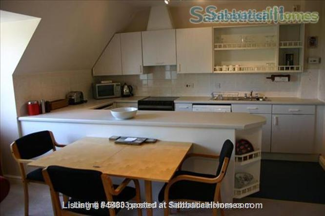 Large comfortable one bedroom flat close to Oxford Home Rental in Cassington, England, United Kingdom 3