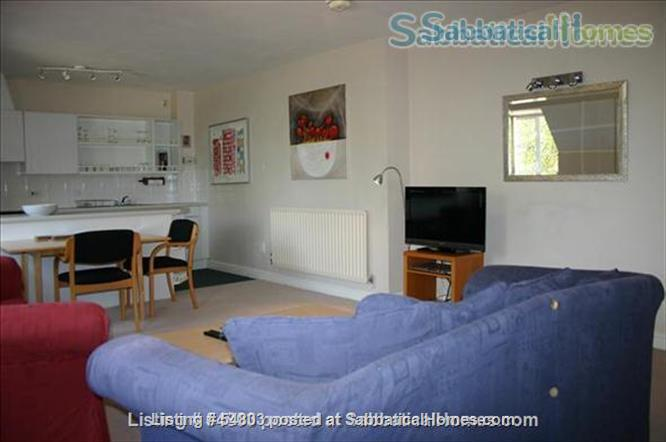 Large comfortable one bedroom flat close to Oxford Home Rental in Cassington, England, United Kingdom 4