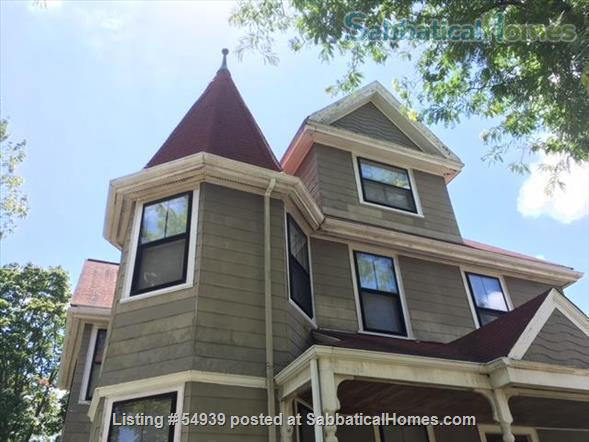 WALK TO HARVARD -  Spacious studio apartment with separate kitchen, and private entry. Exceptionally clean and conveniently located.  In-unit laundry, all utilities, internet included. Home Rental in Cambridge, Massachusetts, United States 2