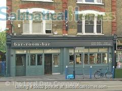 2 bed flat, 1 minute walk to River, 5 minutes to tube station Home Rental in London, England, United Kingdom 8