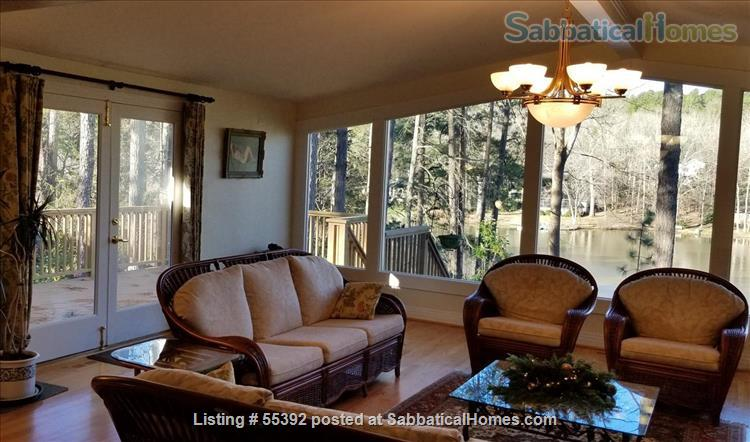 Lakeside living in central Chapel Hill Home Rental in Chapel Hill, North Carolina, United States 2