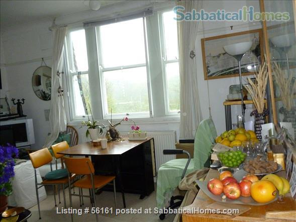 2 bed lovely, airy apartment- central  location-facing lovely park Home Rental in Brighton and Hove, England, United Kingdom 1