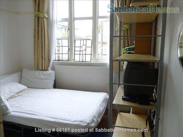 2 bed lovely, airy apartment- central  location-facing lovely park Home Rental in Brighton and Hove, England, United Kingdom 4