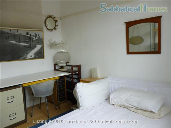 2 bed lovely, airy apartment- central  location-facing lovely park Home Rental in Brighton and Hove, England, United Kingdom 5