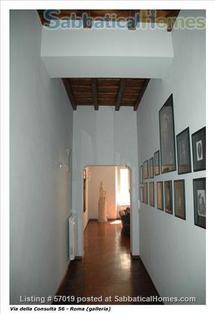 Extraordinary Apartment in Rome Historic Center Home Rental in Rome, Lazio, Italy 2