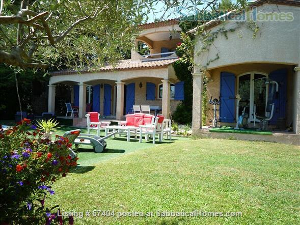 Spacious 4 bedroom house with garden and swimming pool close to Montpellier in St Vincent de Barbeyrargues Home Rental in Saint-Vincent-de-Barbeyrargues, Occitanie, France 0