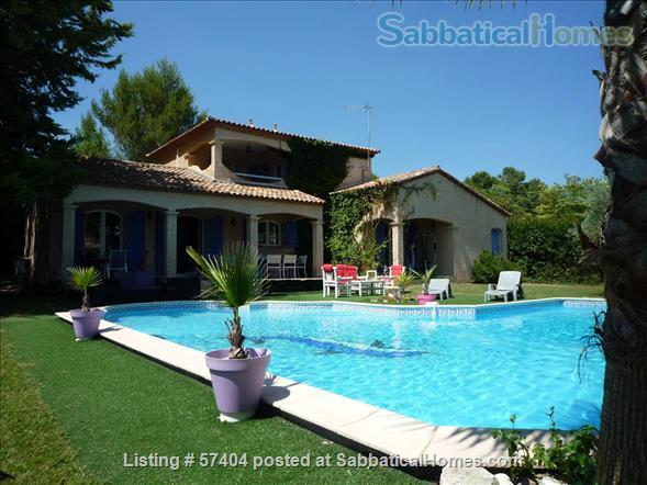 Spacious 4 bedroom house with garden and swimming pool close to Montpellier in St Vincent de Barbeyrargues Home Rental in Saint-Vincent-de-Barbeyrargues, Occitanie, France 3