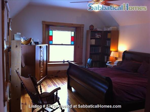 Large Queen Ann Victorian blocks from Kerrytown and Central Campus Home Rental in Ann Arbor, Michigan, United States 4