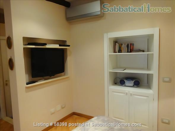 Gorgeous studio with Colisseum view (2-3pax)  Home Rental in Rome, Lazio, Italy 3