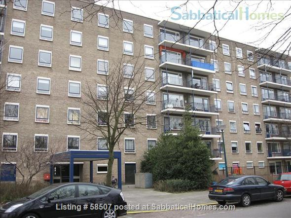 Spacious apartment in quiet town near Leiden, The Netherlands Home Rental in Oegstgeest, ZH, Netherlands 1