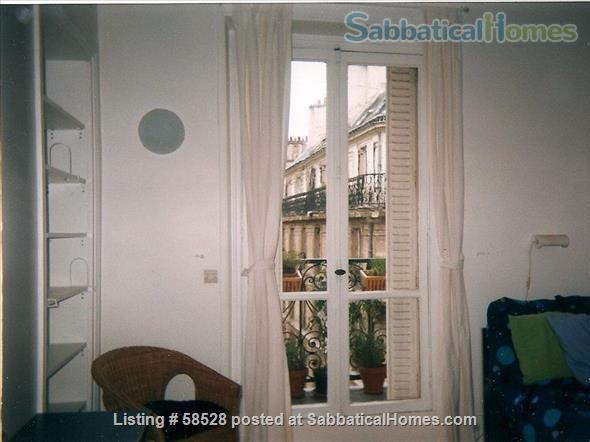 Beautiful 3 BR in wonderful Latin Quarter neighborhood Home Rental in Paris, Île-de-France, France 8