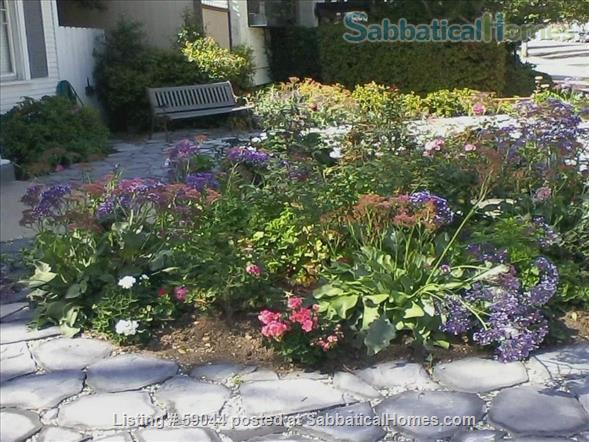 Charming 2 brm. furnished bungalow in Santa Monica Home Rental in Santa Monica, California, United States 7