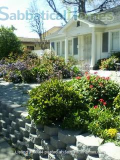 Charming 2 brm. furnished bungalow in Santa Monica Home Rental in Santa Monica, California, United States 8