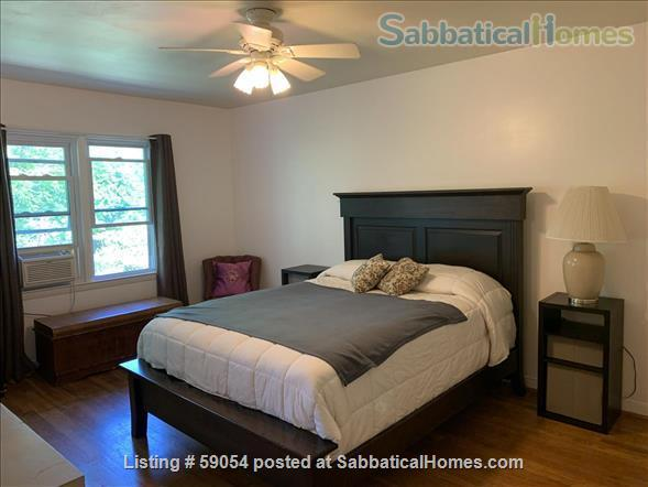 Bright townhouse close to Cornell campus, cafes, and shops Home Rental in Ithaca, New York, United States 0