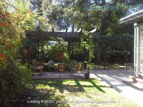 Airy, Shady, Historic 1922 Schoolhouse in Central Pasadena -  Short-term rentals for long weekends (such as the RoseBowl/New Year's; holidays, getaways, graduations, celebrations.) Home Rental in Pasadena, California, United States 6
