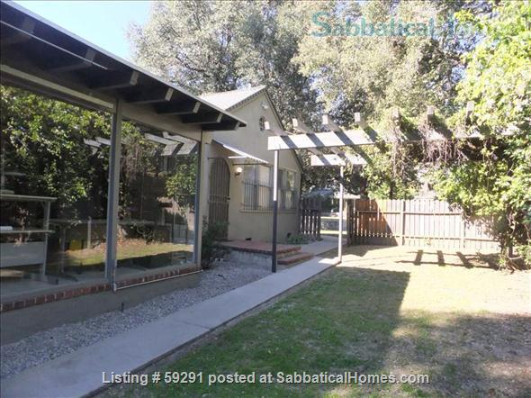 Airy, Shady, Historic 1922 Schoolhouse in Central Pasadena -  Short-term rentals for long weekends (such as the RoseBowl/New Year's; holidays, getaways, graduations, celebrations.) Home Rental in Pasadena 8 - thumbnail
