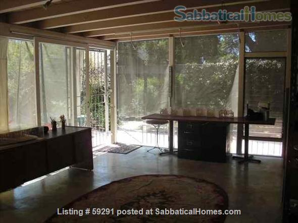 Airy, Shady, Historic 1922 Schoolhouse in Central Pasadena -  Short-term rentals for long weekends (such as the RoseBowl/New Year's; holidays, getaways, graduations, celebrations.) Home Rental in Pasadena, California, United States 7