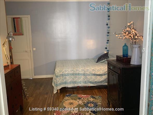Montmartre! Charming 2 bedroom apartment! Home Rental in Paris, IDF, France 4