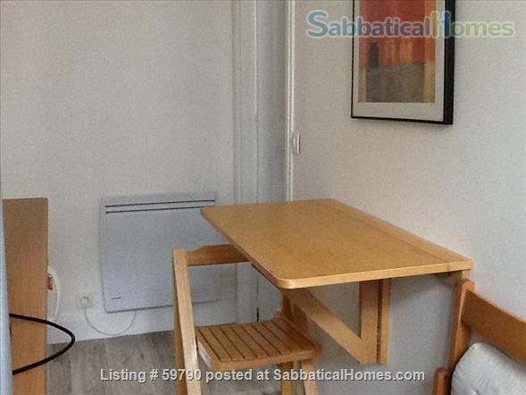 Large and luminous 2 room-flat. Home Rental in Paris, Île-de-France, France 7
