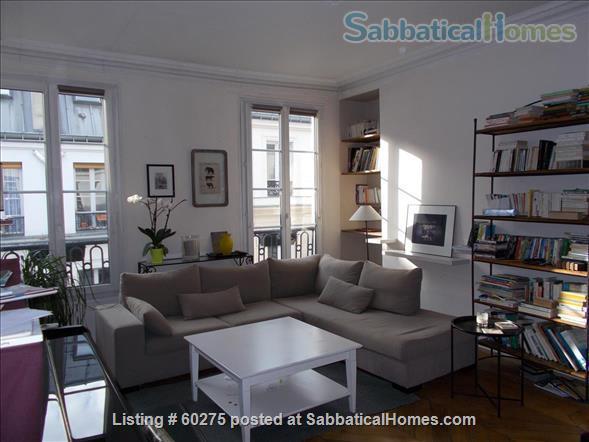 Spacious, calm, charming 4 rooms apartment in the Center of Paris. Home Rental in Paris, Île-de-France, France 1