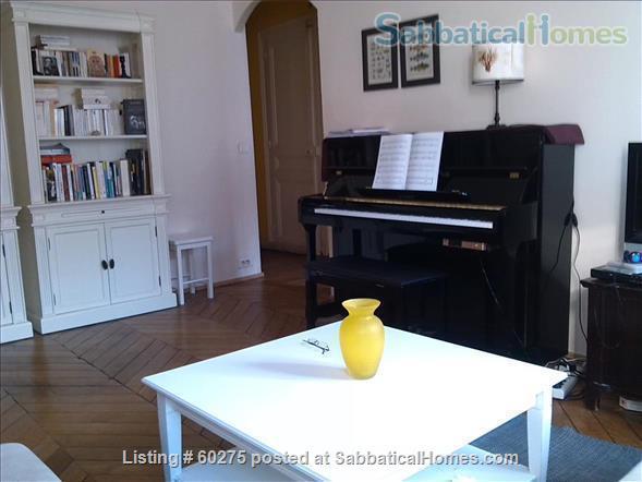 Spacious, calm, charming 4 rooms apartment in the Center of Paris. Home Rental in Paris, Île-de-France, France 0