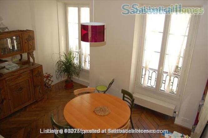 Spacious, calm, charming 4 rooms apartment in the Center of Paris. Home Rental in Paris, Île-de-France, France 3