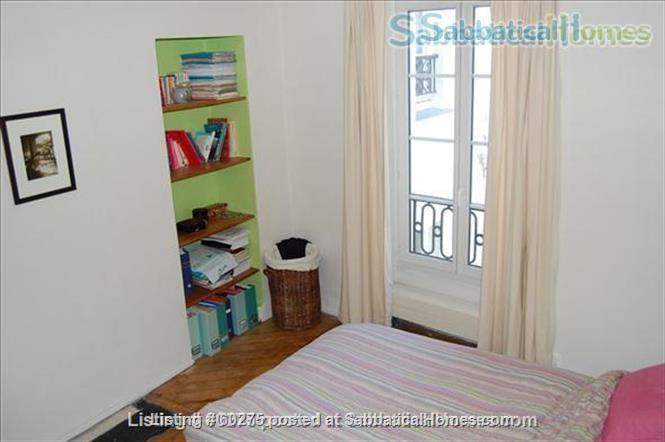 Spacious, calm, charming 4 rooms apartment in the Center of Paris. Home Rental in Paris, Île-de-France, France 6
