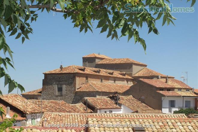 Cosy retreat  in the heart of Spain:  Cottage + studio  for rent in historic Almazán, province of Soria. Home Rental in Almazán, CL, Spain 3