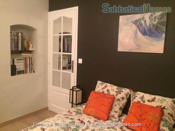 One Bedroom Flat at the garden level near the Vieux Port   Home Rental in Marseille, PACA, France 3