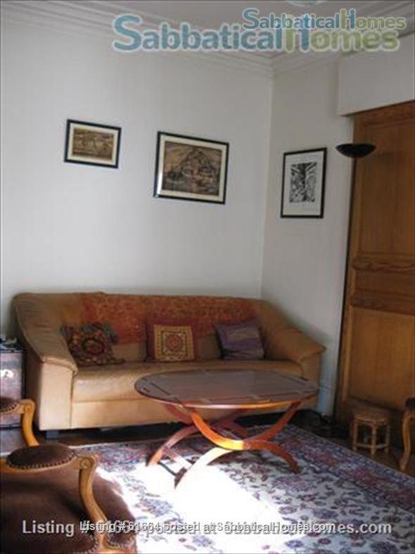 LARGE AND SUNNY APPARTMENT IN PARIS Home Rental in Paris, Île-de-France, France 5