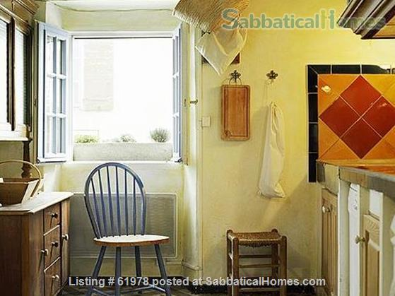Renovated 3 Bedroom Medieval House at the foot of Mt. Ste. Victoire near Aix en Provence Home Rental in Puyloubier, Provence-Alpes-Côte d'Azur, France 7