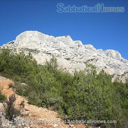 Renovated 3 Bedroom Medieval House at the foot of Mt. Ste. Victoire near Aix en Provence Home Rental in Puyloubier, Provence-Alpes-Côte d'Azur, France 8