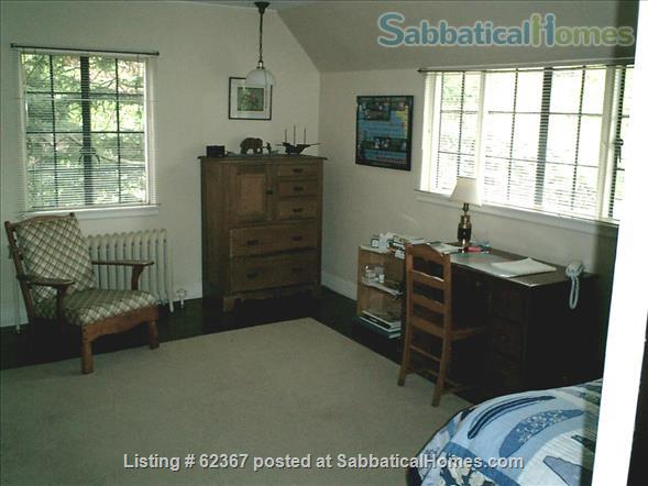 Classic Home Sleeps 6; a/c;  garden; near 5 universities, hospitals, MTA Home Rental in Brookline, Massachusetts, United States 9