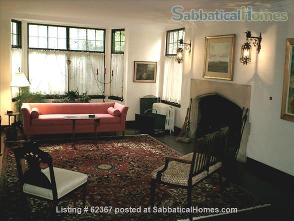 Classic Home Sleeps 6; a/c;  garden; near 5 universities, hospitals, MTA Home Rental in Brookline, Massachusetts, United States 2