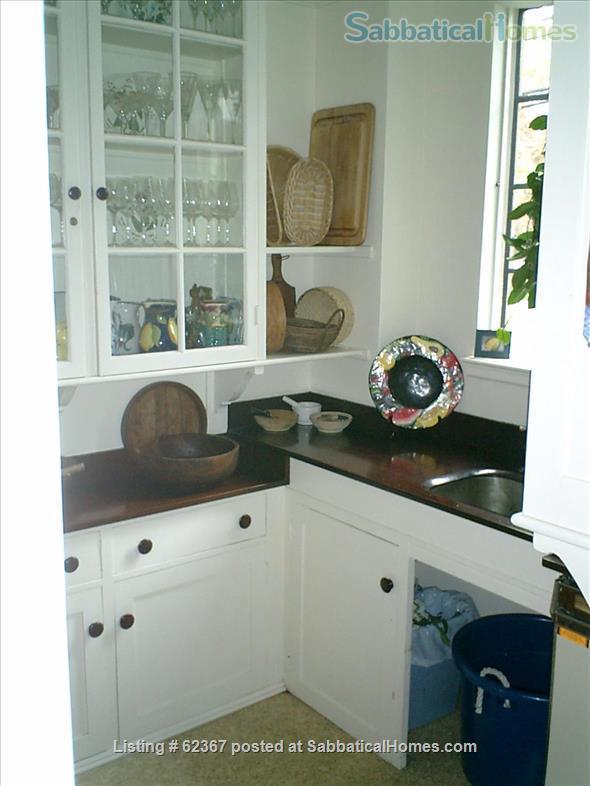 Classic Home Sleeps 6; a/c;  garden; near 5 universities, hospitals, MTA Home Rental in Brookline, Massachusetts, United States 5