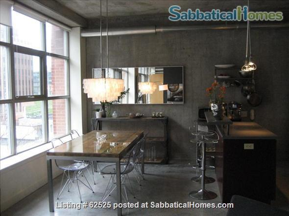 Furnished industrial Loft in Downtown Toronto, Fashion District Home Rental in Toronto 4