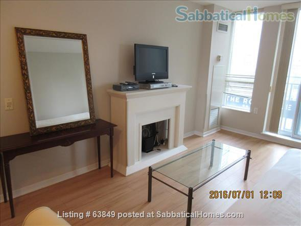 All - Inclusive, Furnished, Downtown Central Location in Toronto - Walk to Universities, Hospitals Home Rental in Toronto, Ontario, Canada 5