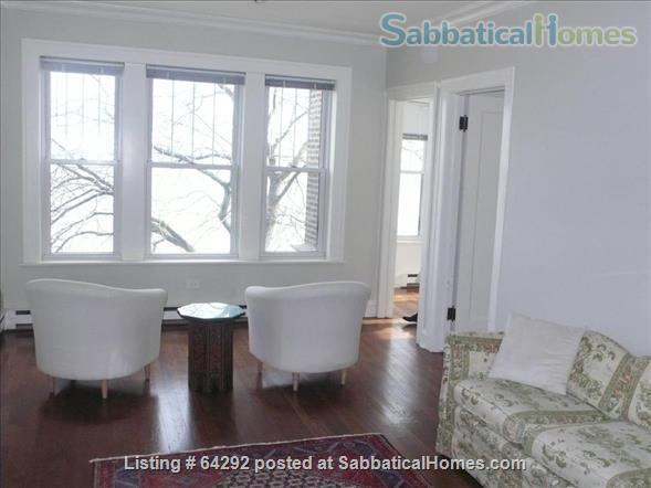 Beautiful Two Bedroom (corner unit) and One Bedroom both on Lake Michigan. Fully furnished, near transport Home Rental in Chicago, Illinois, United States 7