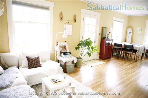 Beautiful + Furnished  home  close to UW and PLU Home Rental in Seattle 1
