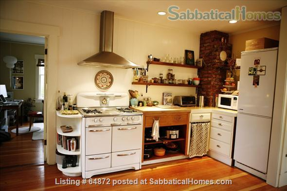 Beautiful + Furnished  home  close to UW and PLU Home Rental in Seattle 2