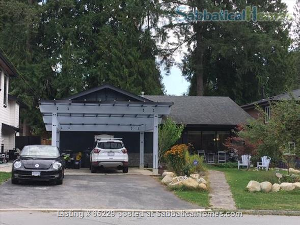 Little House in Upper Lynn Valley Home Rental in North Vancouver, British Columbia, Canada 9