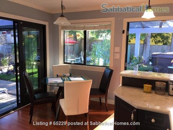 Little House in Upper Lynn Valley Home Rental in North Vancouver, British Columbia, Canada 2