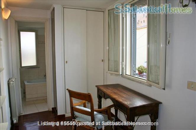 Cozy apartment in the heart of Rome (Colosseum) -all inclusive Home Rental in Roma, Lazio, Italy 5