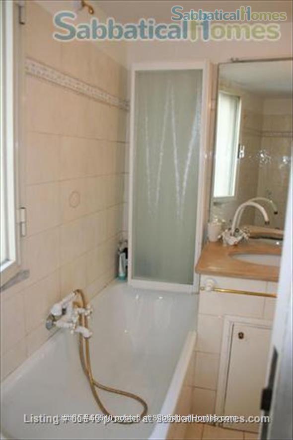 Cozy apartment in the heart of Rome (Colosseum) -all inclusive Home Rental in Roma, Lazio, Italy 6