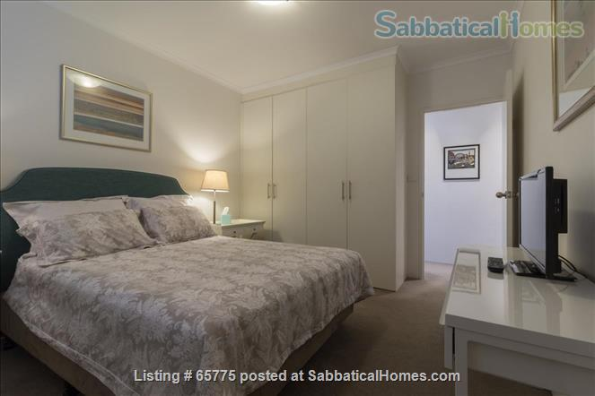 GORGEOUS GLEBE POINT! 2 BED SUNNY UNIT NEAR SYD HARBOUR...CLOSE (CAN GENUINELY WALK!) TO SYDNEY UNI AND UTS Home Rental in Glebe, NSW, Australia 0